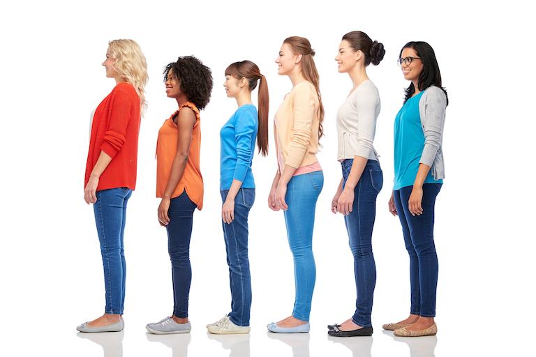 身長・体型の違う女性達