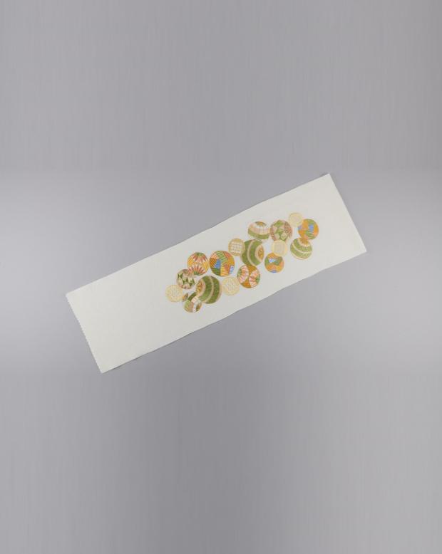 ラブリス半衿(白X黄緑)まり刺繍