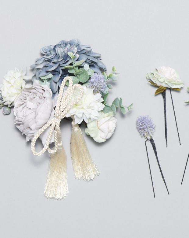 ラブリス髪飾り(青X白)花