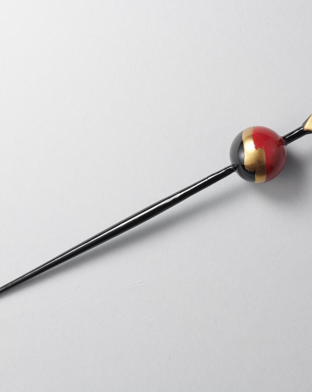 ラブリス髪飾り(赤X黒X金)かんざし
