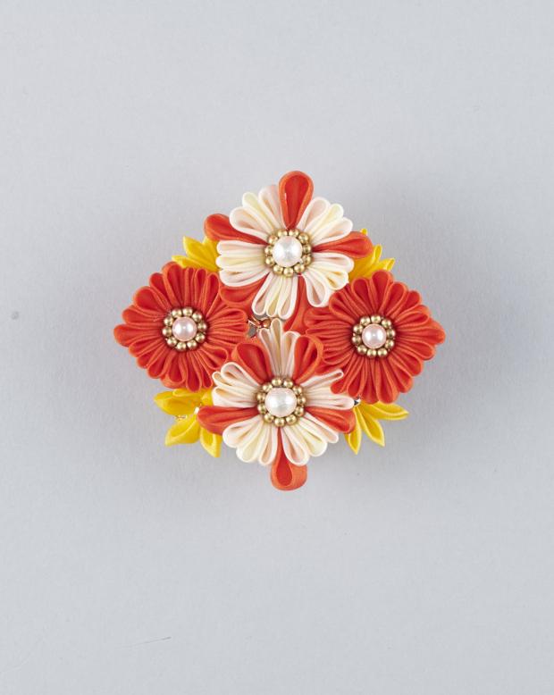 ラブリス帯留め(赤X黄色)花