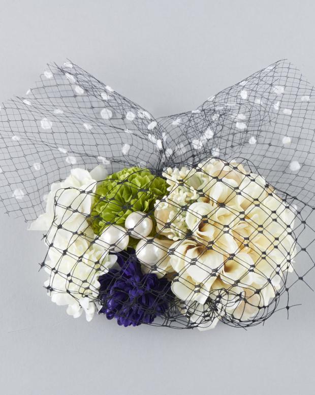 ラブリス髪飾り(黒)花・チュール