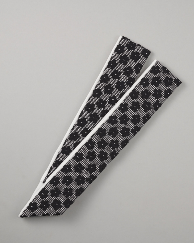 ラブリス重衿(黒)ふくれ織・花