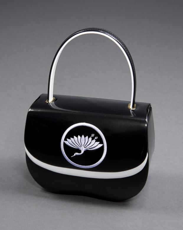 ラブリスバッグ(黒X白)鶴刺繍