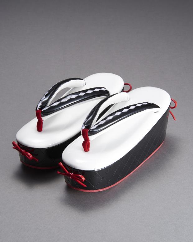 ラブリス草履(白X黒)赤・リボン