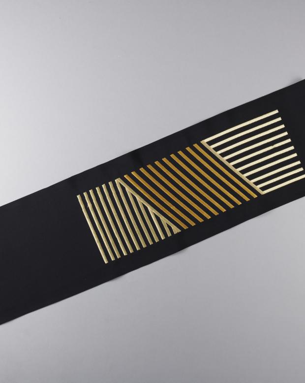 ラブリス半衿(黒X金)ストライプ