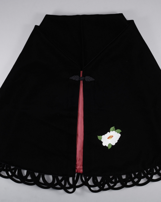 ラブリスショール(黒)椿・刺繍